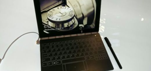 Lenovo's Yoga Book is a Part Sketch Pad and Part Tablet